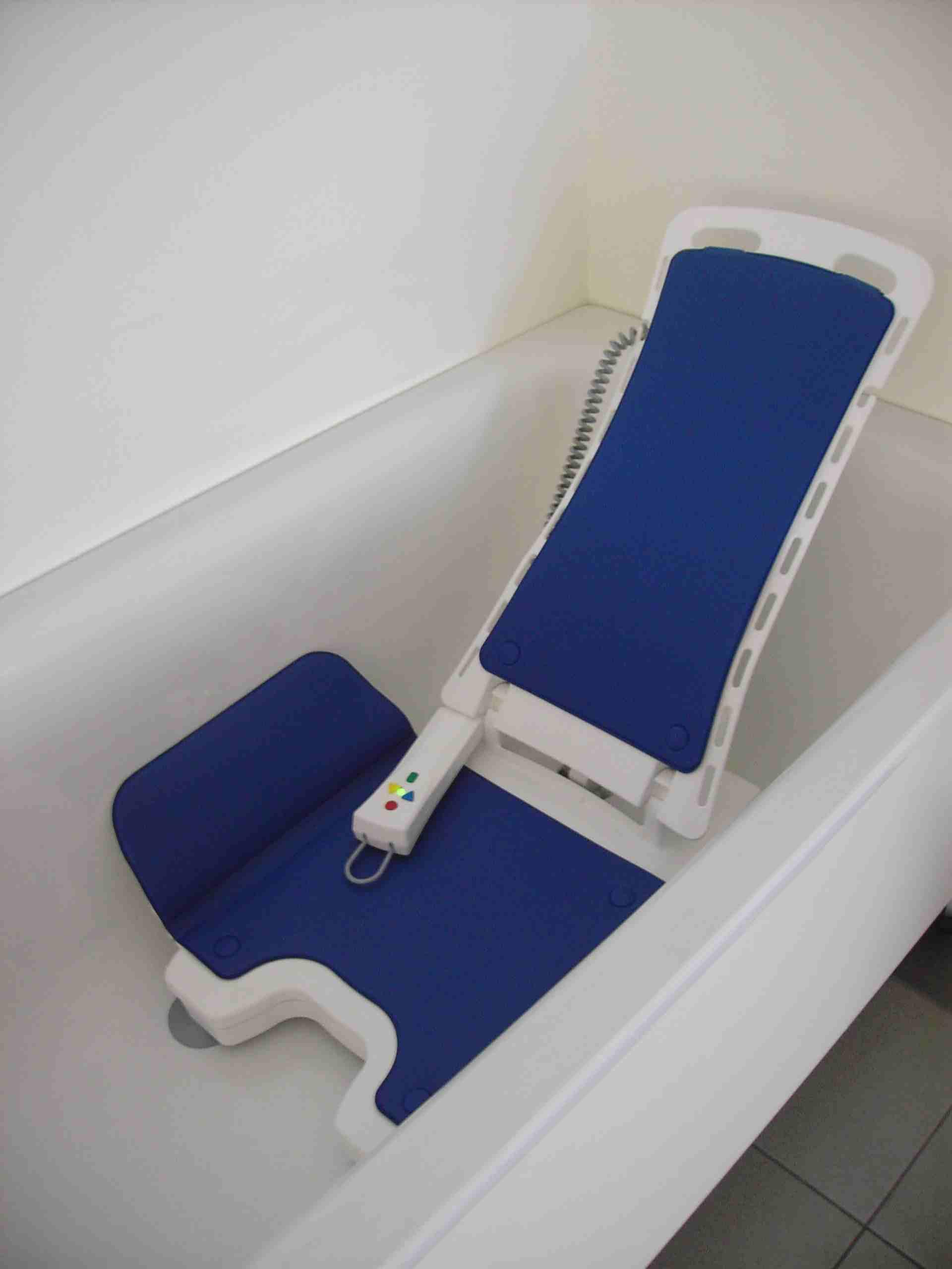 Bellavita Classic White Bath Lift | Mobility Solutions